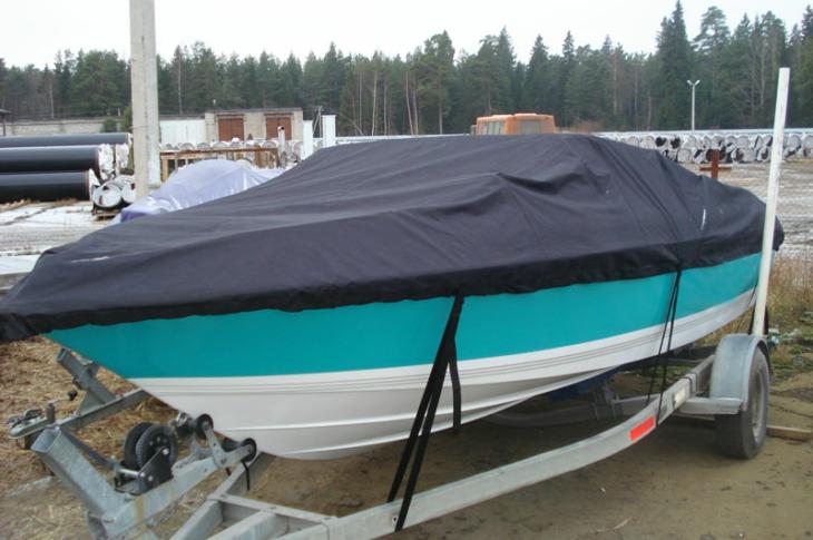 Стояночный тент на лодку